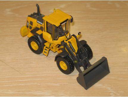 VOLVO L60G CHARGEUR 2013 MOTORART 1/50°