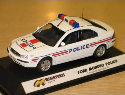 FORD MONDEO POLICE 2004 LABEL43 1/43°