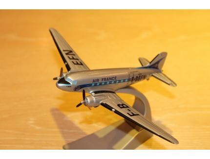 DOUGLAS DC-3 AIR FRANCE  CORGI 1/144°