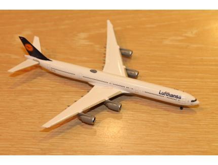 AIRBUS A340-600 LUFTHANSA HERPA 1/500°