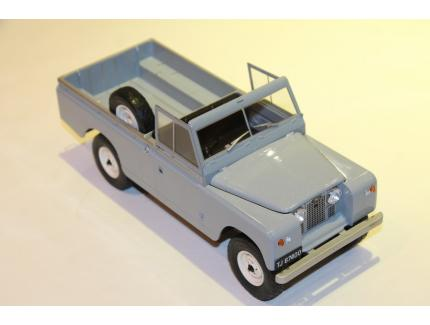 LAND ROVER S2 109 PICK UP 1969 MCG 1/18°