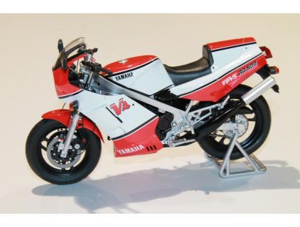 YAMAHA RD500 LC 1985 SPARK 1/12°