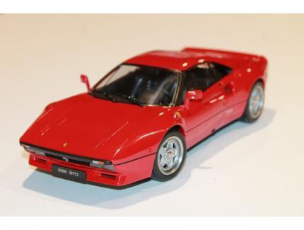 FERRARI 288 GTO 1984 ROUGE KK SCALE 1/18