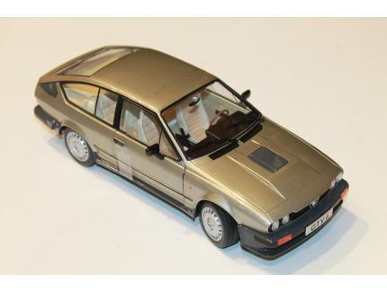 ALFA ROMEO GTV 6 GRIS 1984 SOLIDO 1/18°