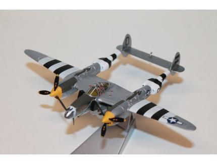 LOCKHEED P-38 LIGHTNING CORGI 1/72°