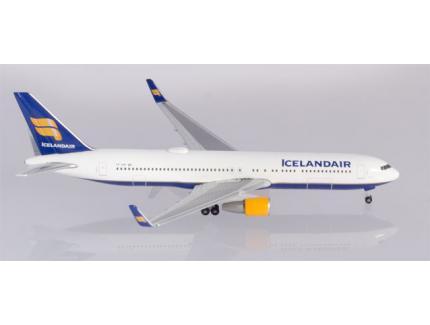 BOEING 767-300 ICELANDAIR HERPA 1/500°
