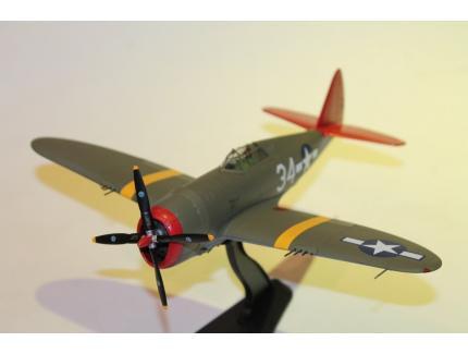 REPUBLIC P-47 THUNDERBOLT HOBBYMASTER 1/48°