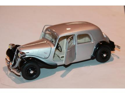 CITROEN TRACTION 11CV 1938 GRISE / NOIR SOLIDO 1/18°