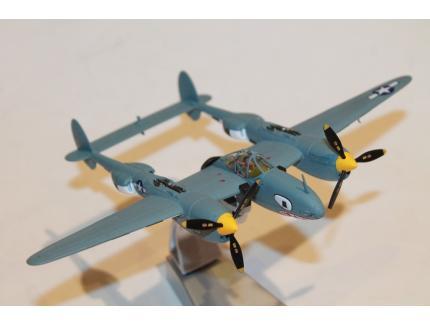 F-5E-2 LIGHTNING AOUT 1944 CORGI 1/72°