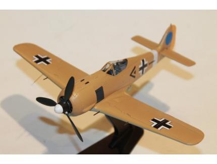 """FOCKE-WULF 190 """"DICKFELD"""" TUNISIE 1942 HOBBY MASTER 1/48°"""