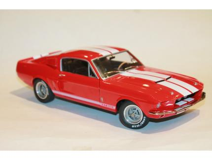 SHELBY MUSTANG GT500 1967 ROUGE SOLIDO 1/18°