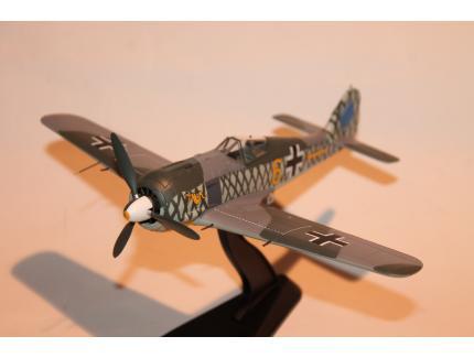 FW 190A-4 1942 HOBBYMASTER 1/48°
