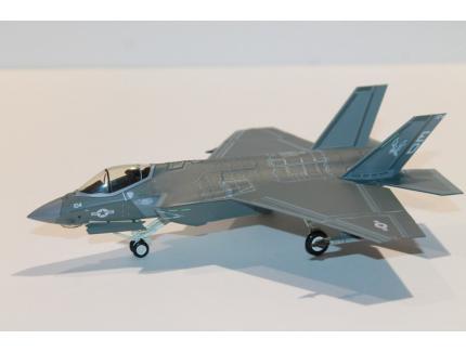 LOCKHEED MARTIN F-35C 2016 HOBBY MASTER 1/72°