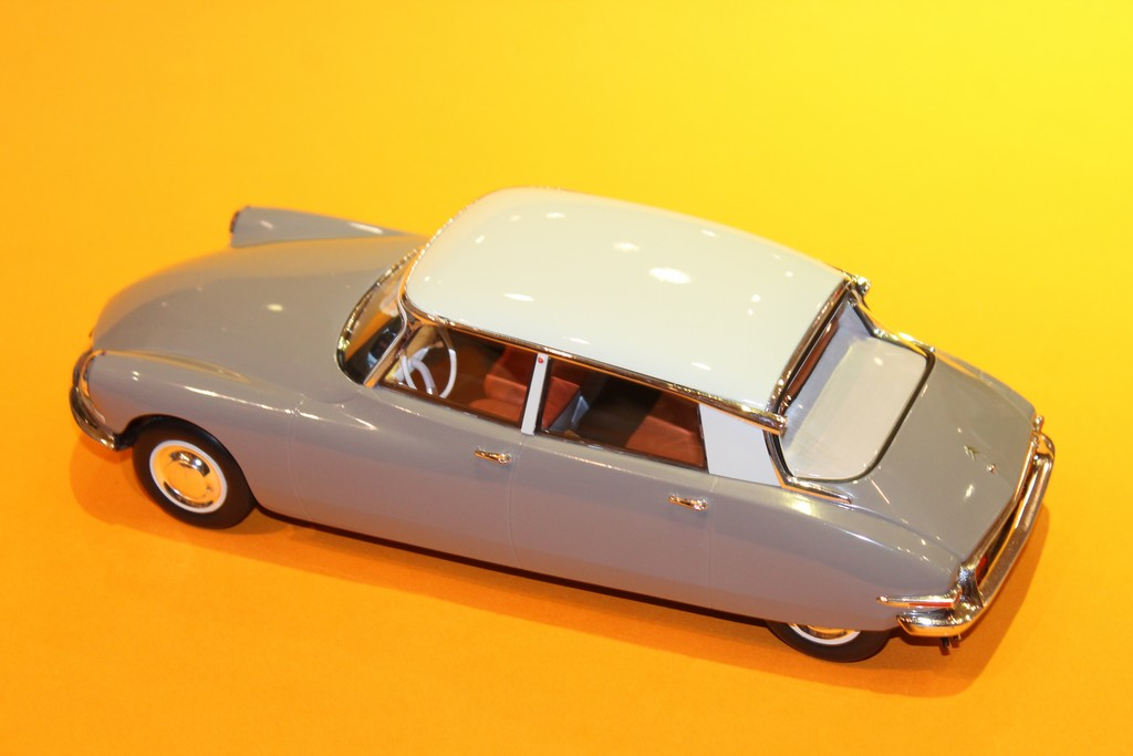 CITROEN DS 19 1956  MARRON NOREV 1/18°
