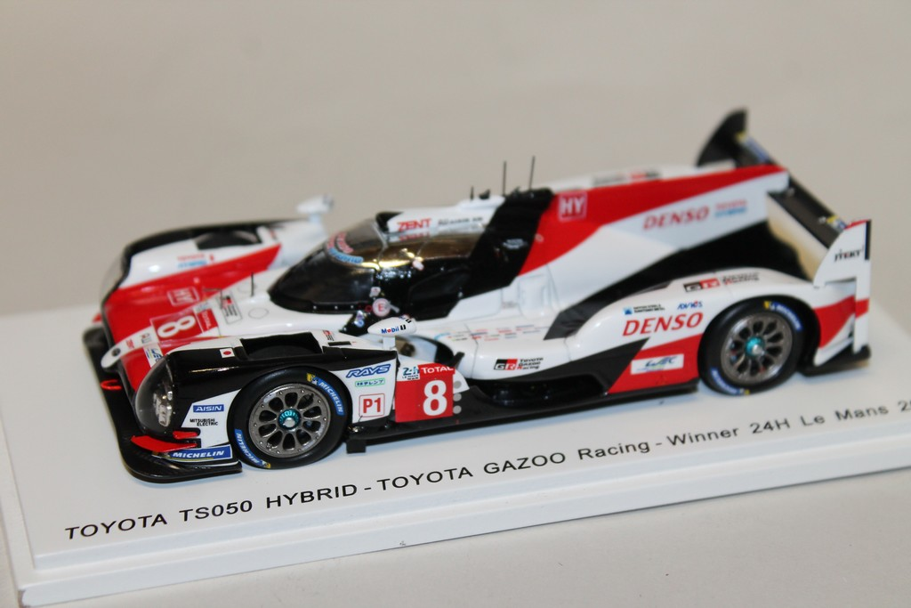 TOYOTA TS050 HYBRID WIN LM 2018 SPARK 1/43°
