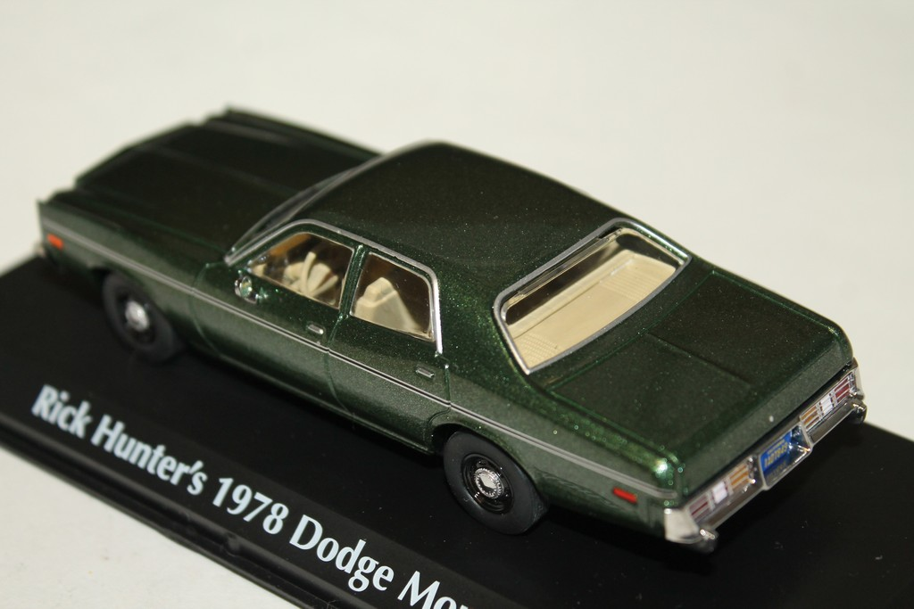 "DODGE MONACO ""RICK HUNTER"" VERTE 1978 GREENLIGHT 1/43°"