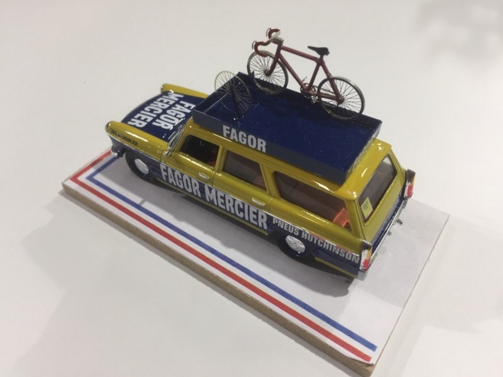 "PEUGEOT 404 BREAK ""FAGOR MERCIER"" TOUR DE FRANCE 1971 AUTORECLAME 1/43°"