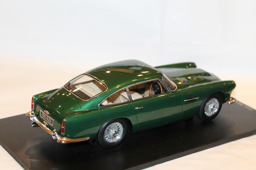 Aston Martin Db4 Coupe 1960 Spark 1 18 18s132 Model Autos Lkw Busse Modellbau