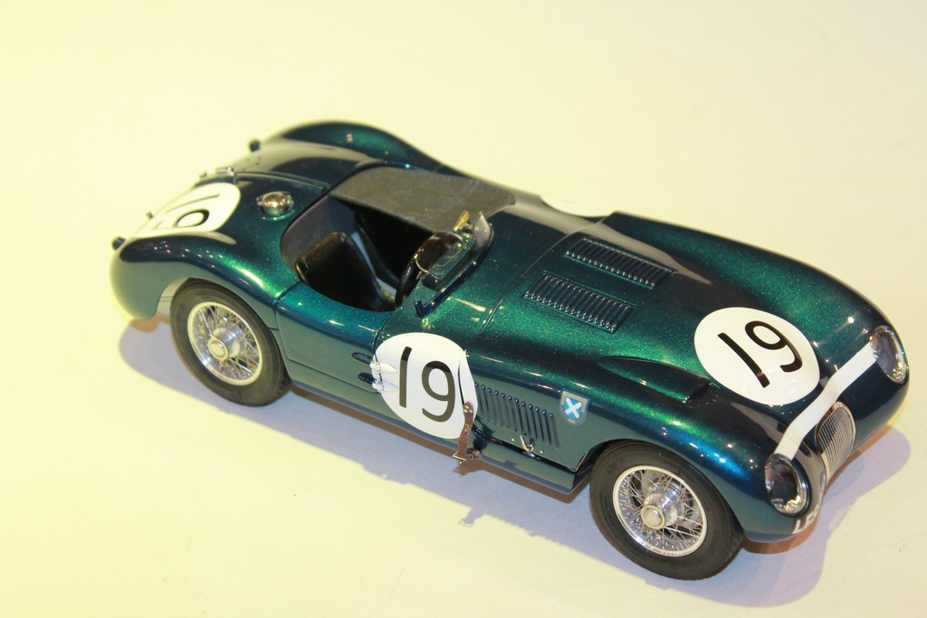 JAGUAR TYPE C N°19 GOODWOOD MEMBERS' MEETING 1954 CMC 1/18°