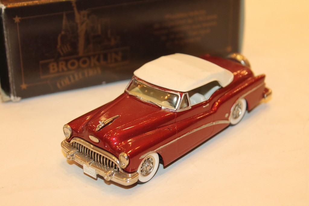 BUICK SKYLARK CONVERTIBLE ROUGE 1953 BROOKLIN 1/43°