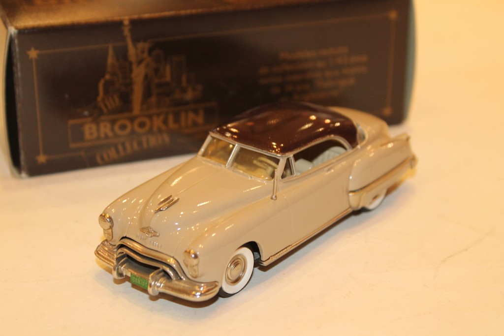 OLDSMOBILE 98 HOLIDAY COUPLE 1949 BROOKLIN 1/43°