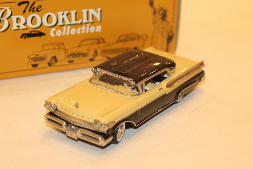 MERCURY TURNPIKE CRUISER 1957 BROOKLIN 1/43°