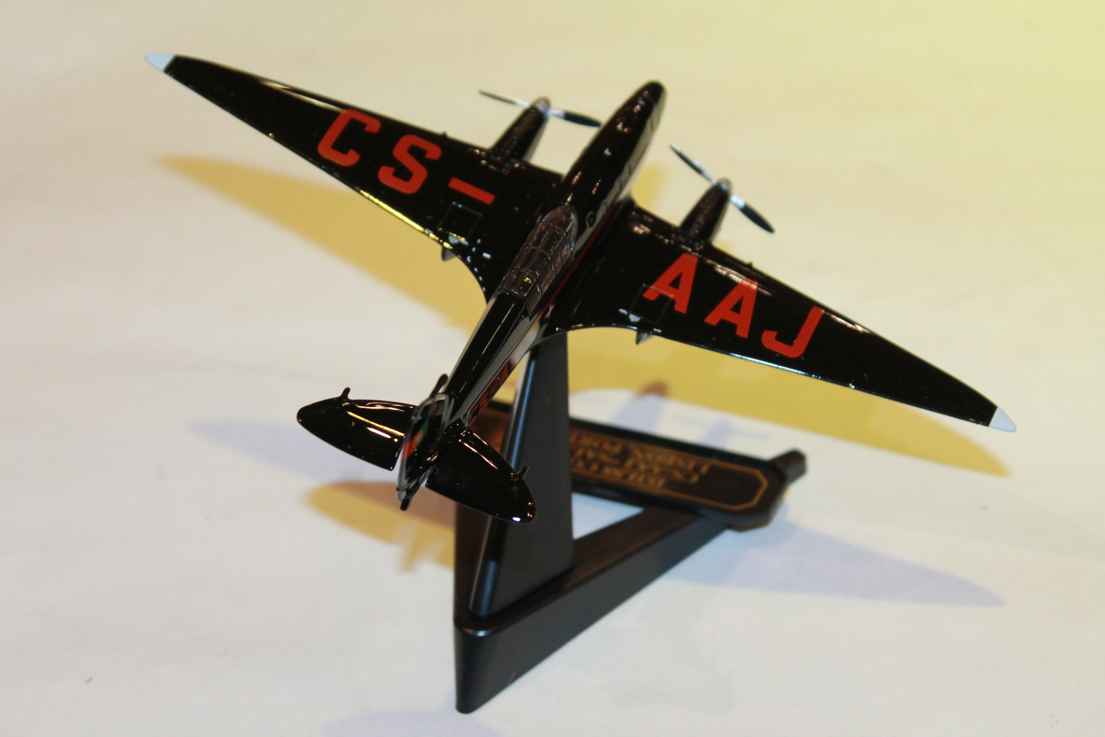 DE HAVILLAND DH 88 COMET OXFORD 1/72°