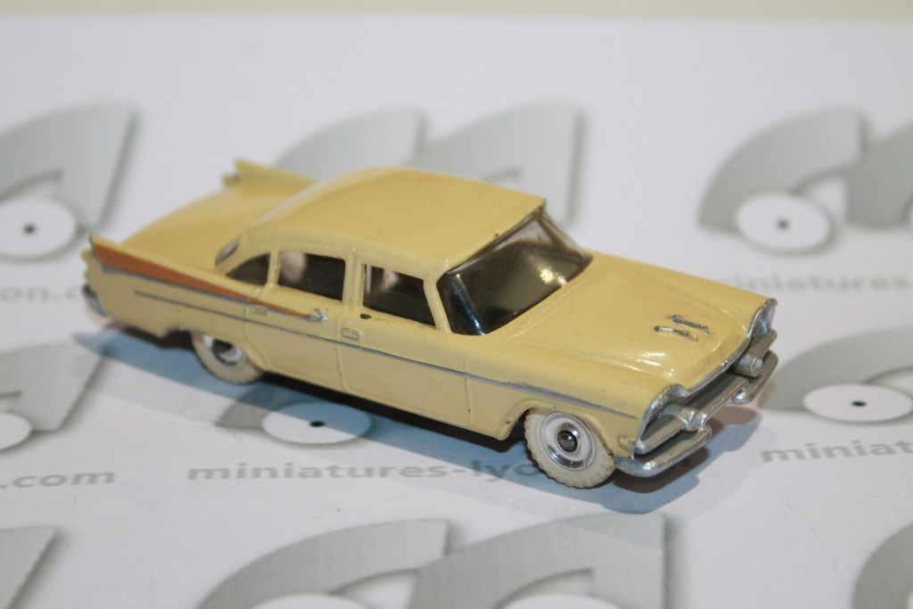 DODGE ROYAL SEDAN 1960 DINKY TOYS 1/43°